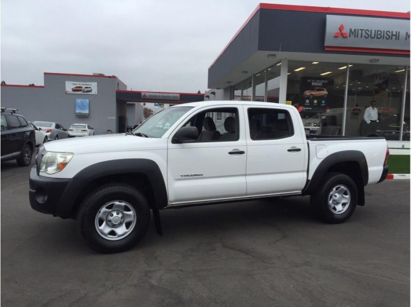 2009 Toyota Tacoma Double Cab PreRunner Pickup 4D 5 ft