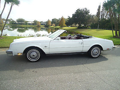 1983 Buick Riviera Base Convertible 2-Door 1983 RIVIERA CONVERTIBLE VERY PRETTY CAR - LOADED WITH OPTIONS HARD TO FIND