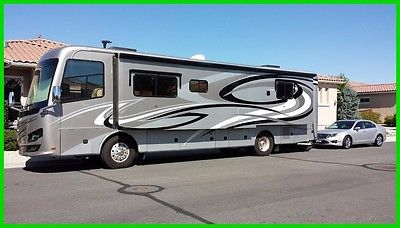 2013 Monaco Knight 38PFT Used 3 Slide Outs, Class A Diesel Sleeps 5 Washer/Dryer