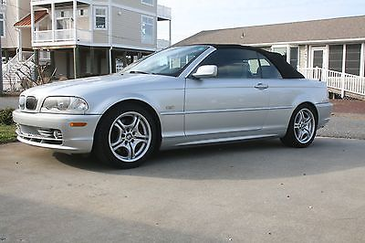 2002 BMW 2002 beautiful leather smells like new 2002 330 CI convertible immaculate - adult owned