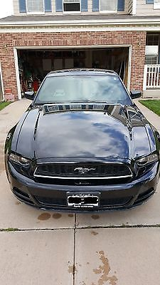 2014 Ford Mustang 2 Door Coupe Like New 2014 Ford Mustang, V6 Automatic