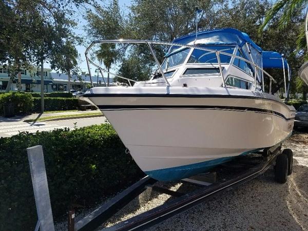 1996 Grady-White Seafarer 228