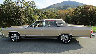 1979 Lincoln Town Car TOWN CAR LOW MILES  CLEAN VIRGINIA TITLE   ONLY 58300 MILES