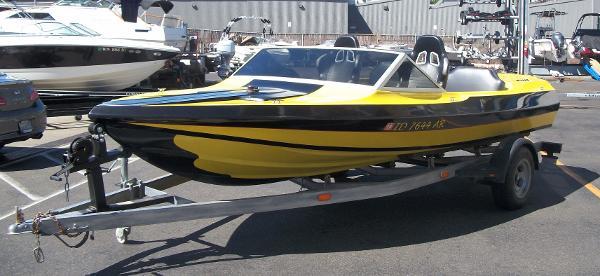 1976 Jolly Roger Jet Boat