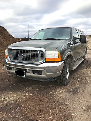 2001 Ford Excursion  2001 Green Ford Excursion Limited
