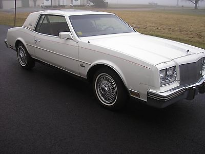 1984 Buick Riviera Base Coupe 2-Door 1984 BUICK RIVIERA WELL MAINTAINED