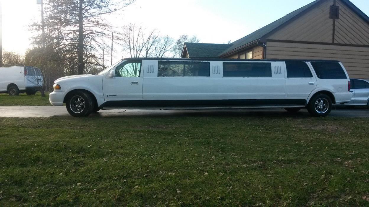 1998 Lincoln Navigator  1998 Lincoln Navigator LImo, Limosine - 116,000 miles - 31ft. Long - NO RESERVE!