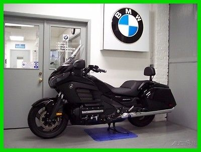Honda Gold Wing F6B Deluxe 2013 Honda Gold Wing F6B Black Backrest Low Miles Vented Windshield Great Shape