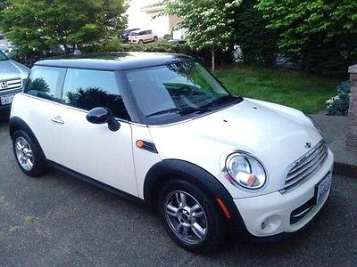 2012 Mini Cooper Base 2012 Mini Cooper in Seattle, WA 98055