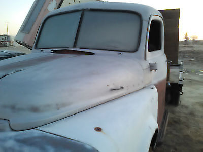 1953 Dodge Other Pickups  1953 Dodge Truck Pilothouse 1 ton flat/stake bed in nice shape N0 Rust at all.