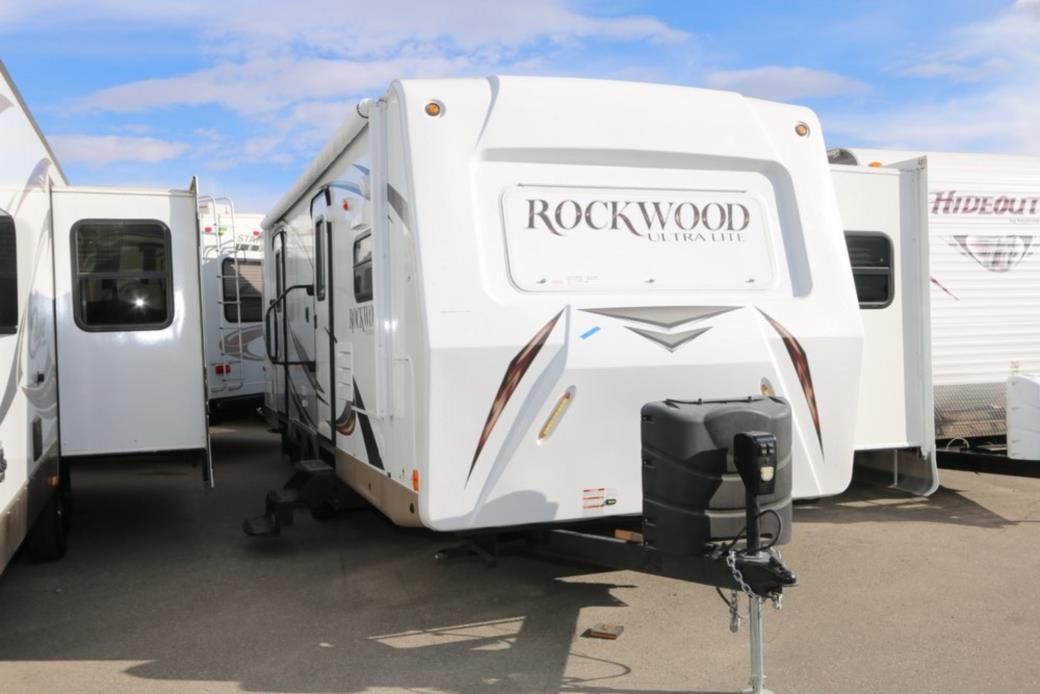 Forest River ROCKWOOD ULTRA LITE 2608WS