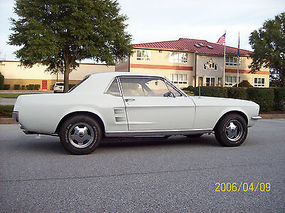 1967 Ford Mustang Base 4.7L-289hp V8 2-Door Hardtop Coupe