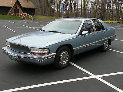 1992 Buick Roadmaster Limited Sedan 4-Door 1992 Buick Roadmaster Limited Sedan 4-Door 5.7L