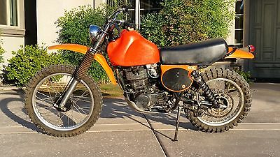 1977 Yamaha TT  1977 Yamaha TT500D