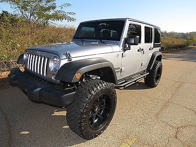 2015 Jeep Wrangler Unlimited * 2015 * 17,000 miles! * Lifted * Nittos * Southern Jeep * Fox Rubicon Unlimited