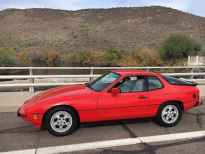 1987 Porsche 924 S Coupe 2-Door 1987 Porsche 924 S Coupe LOW MILES at 39744 Wow ! ARIZONA - Red - rare automatic
