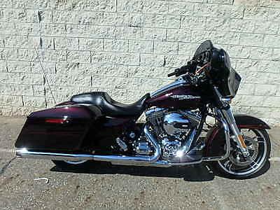 2014 Harley-Davidson Touring  2014 HARLEY DAVIDSON STREET GLIDE SPECIAL IN RED!!! UM40327 M.R.