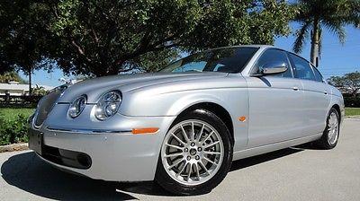2007 Jaguar S-Type 4D 2007 JAGUAR S-TYPE 3.0L SUNROOF, CDC/NAV/AUX/SAT HEATED LEATHER, XENON, STUNNING