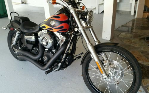 2015 Harley-Davidson Touring harley davidson Dyna Wideglide, denim black. ABS, 1050 miles, Like new condition
