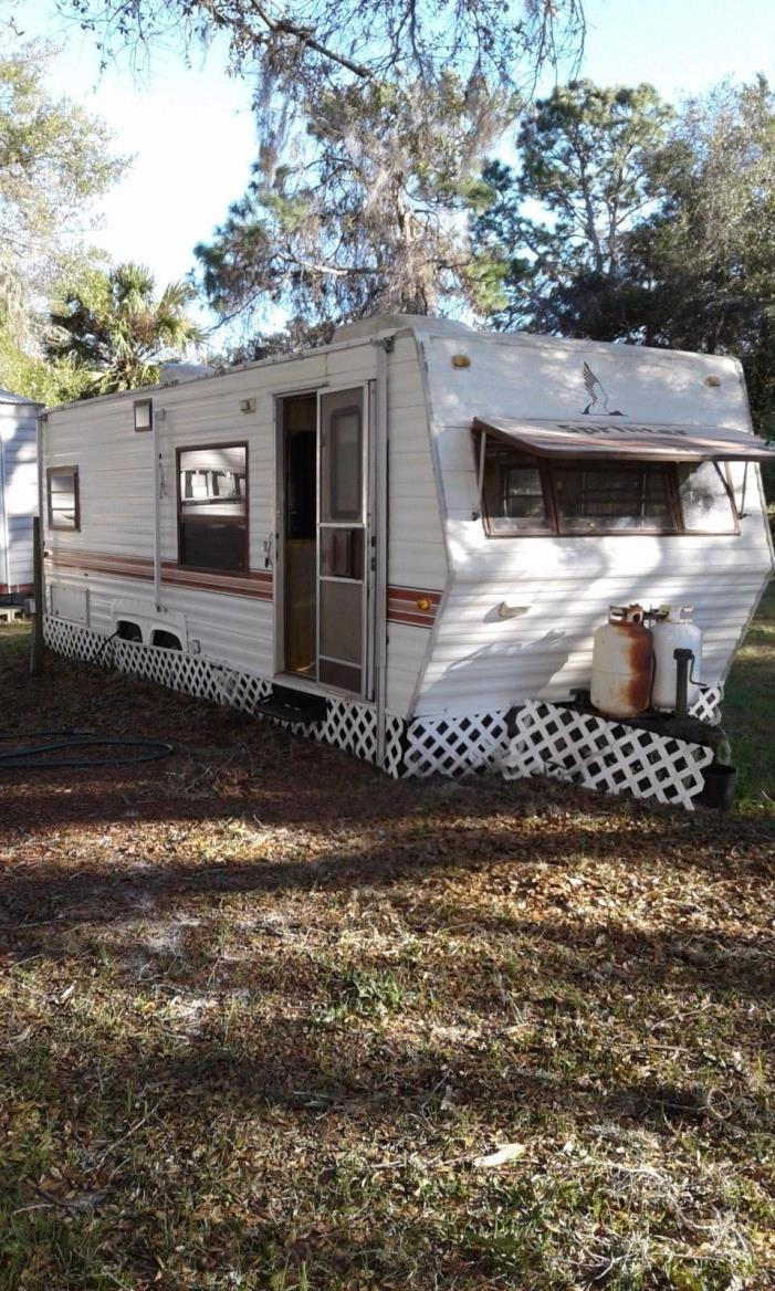 1986 Mallard 26' Travel Trailer