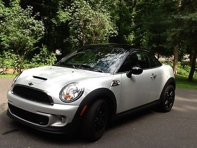 2013 Mini Cooper S 2013 MINI COOPER S. COUPE W/NAVIGATION, SUPER LOW 3000 MILES!!!