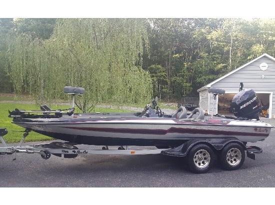 2011 Bass Cat Boats Puma FTD