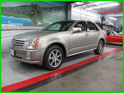 2004 Cadillac SRX V8 Please scroll down and look at all Detailed Pics and Carfax Report