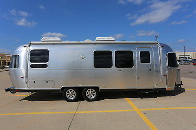 2015 28' Flying Cloud Airstream