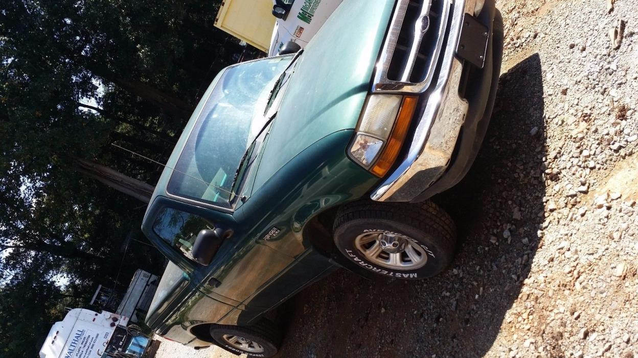 2000 Ford Ranger  2000 Ford Ranger XL 2.5L GREEN COLOR WITH BED COVER