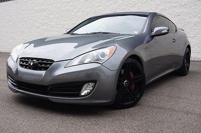 2010 Hyundai Genesis 3.8 coupe Track edition 2010 Hyundai Genesis Track edition, Brembo, Custom Exhaust, leather Nav