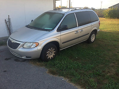 2003 Chrysler VOYAGER LX Mini Passenger Van 4-Door CHRYSLER VOYAGER 2003 MINI VAN---GOOD TITLE (NOT RUNNING)