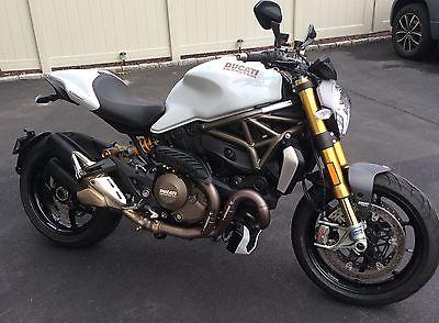 2014 Ducati Monster  Ducati Monster 1200S