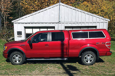 2010 Ford F-150 FX4 Crew Cab Pickup 4-Door Low miles with matching Leer Cap