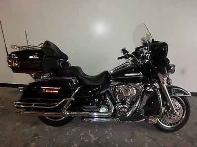 2012 Harley-Davidson Touring  2012 HARLEY DAVIDSON FLHTK ULTRA CLASSIC LIMITED UM40758 JB