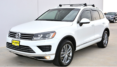 2015 Volkswagen Touareg TDI Lux Sport Utility 4-Door VW Touareg TDI 3.0 DIESEL* NAVI * PANORAMIC ROOF* ADAPTIVE CRUISE *NEW MICHELINS
