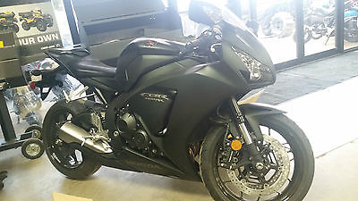 2016 Honda CBR  BRAND NEW 2016 HONDA CBR1000RR CBR 1000 SPORT BIKE CROTCH ROCKET MOTORCYCLE