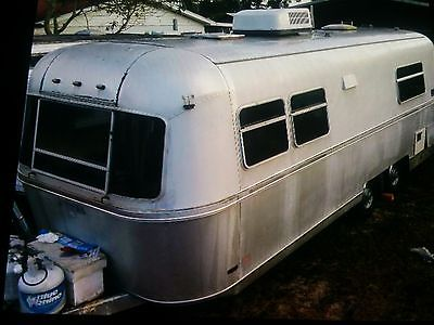1977 Avion Travel Trailer 28 ft