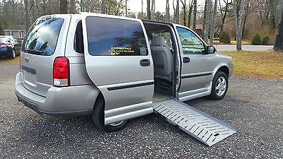2008 Chevrolet Uplander LS Mini Passenger Van 4-Door 2008 Chevrolet Uplander *Handicap Conversion* Drop floor-Power ramp