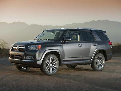 2012 Toyota 4Runner -- 2012 Toyota 4Runner 72,192 Miles Magnetic Gray Metallic 4D Sport Utility 4.0L V