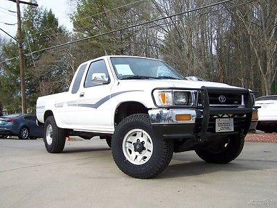 toyota tacoma sr5 cars for sale in georgia. Black Bedroom Furniture Sets. Home Design Ideas