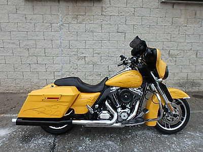 2013 Harley-Davidson Touring  2013 HARLEY DAVIDSON FLHX STREET GLIDE UM40554 JB