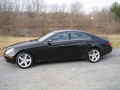 2007 Mercedes-Benz CLS-Class Base Sedan 4-Door 2007 Mercedes-Benz CLS550 Base Sedan 4-Door 5.5L w/Navigation