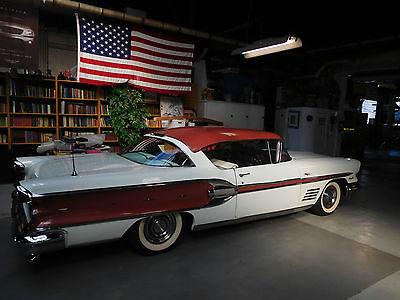 1958 Pontiac Bonneville bonneville tripower sport coupe 1958 pontiac bonneville sport coupe / tripower & dual exhaust & two tone paint