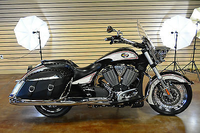 2012 Victory Cross Roads  2012 Victory Cross Roads Limited Edition Clean Title New Harley Dealer Trade In
