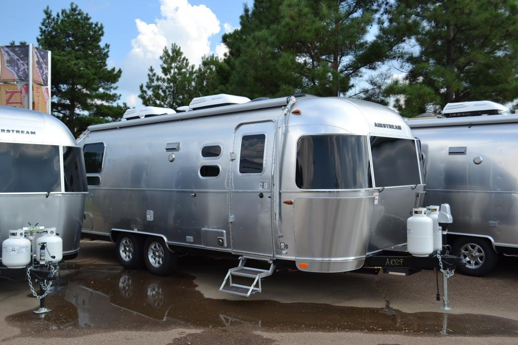 Airstream Flying Cloud 25 TWIN