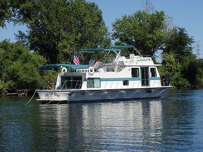 Houseboat; Luxury 43' Harbormaster
