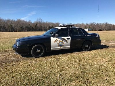 2001 Ford Crown Victoria Police package p71 crown vic