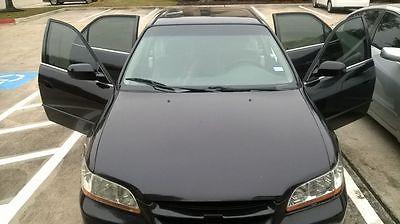 2000 Honda Accord Regular 2000 Honda Accord For IMMEDIATE SALE