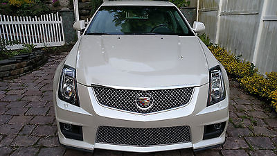 2014 Cadillac CTS V Wagon 4-Door CTS V Wagon 2014 4800 miles 1 owner Cadillac. collectible