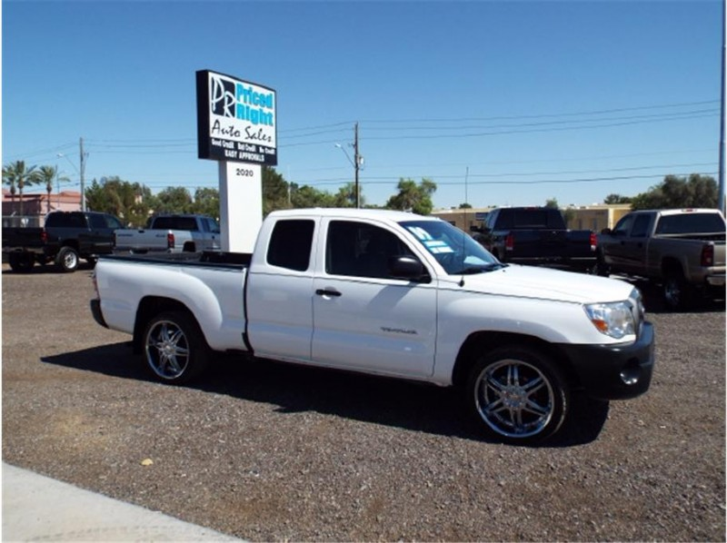 2009 Toyota Tacoma 4D Cab Low Miles